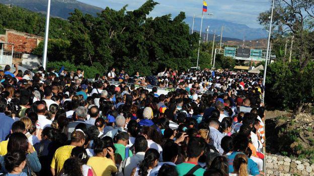 Мадуро отстранил отпрезидентских выборов оппозиционные партии