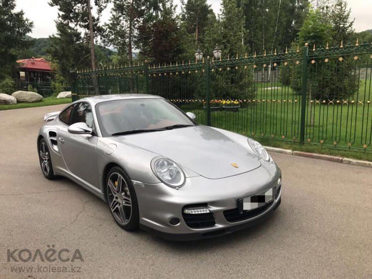 Житель Казахстана хочет обменять спорткар Porsche на майнинговую ферму