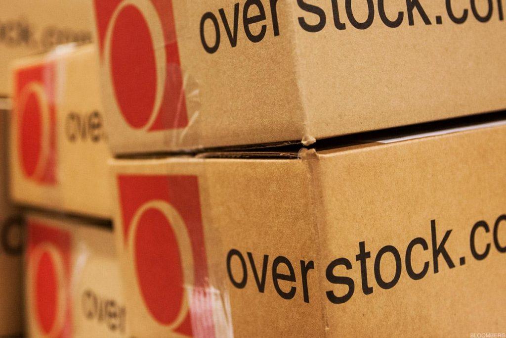 Overstock передумал продавать ритейл-бизнес и становиться исключительно блокчейн-компанией
