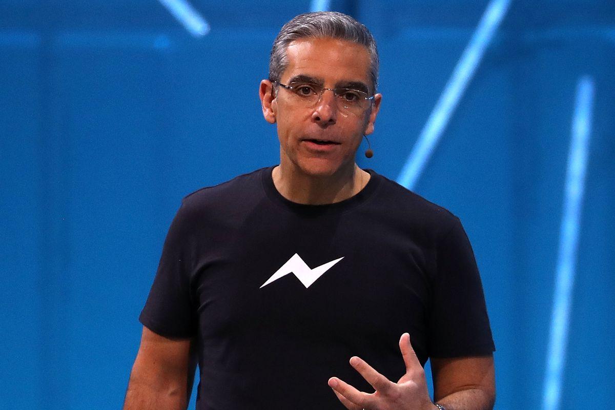 Telegram, Facebook и Twitter — как ведущие соцсети запрыгивают в уходящий поезд криптовалют (и останется ли в нем место биткоину)
