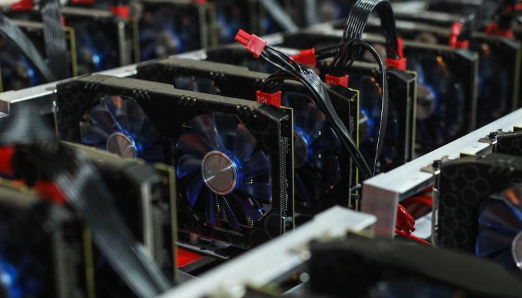 AMD увеличит выпуск видеокарт для майнинга
