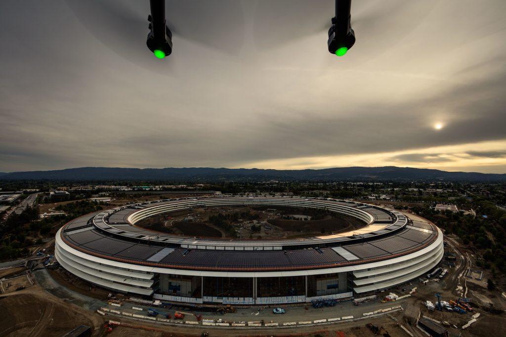 Корпорация Apple может рассматривать блокчейн для цепей поставок сырья