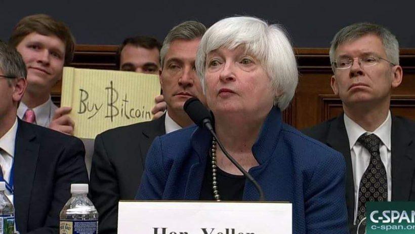 Кризис 2020, гонка вооружений и биткоин: где оказались мир и первая криптовалюта 10 лет спустя