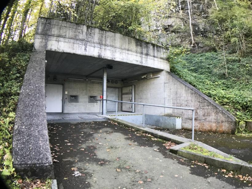 Вгорах Швейцарии обнаружили секретный бункер сбиткоинами